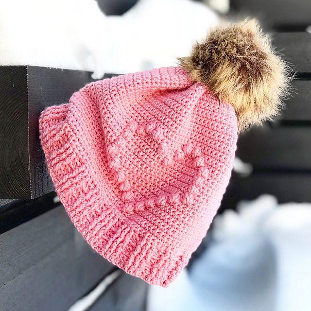 Bobbleheart Hat Free Crochet Pattern Dailycrochetideas