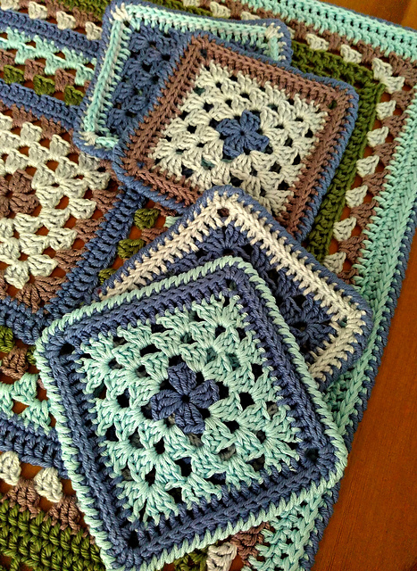 Granny Squares Coaster Free Crochet Pattern ...