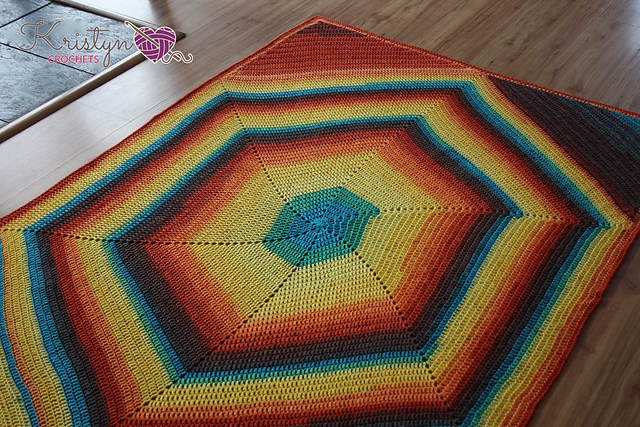 The Hexagon Squared Blanket Free Crochet Pattern | DailyCrochetIdeas