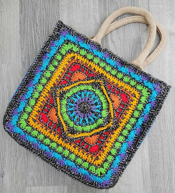 Tile Tote Bag Free Crochet Pattern Dailycrochetideas