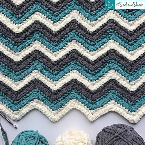 Chevron Pillow Free Crochet Pattern Dailycrochetideas