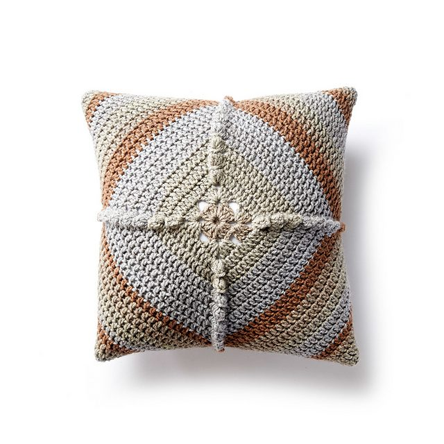 Cakes Crochet Pillow Free Crochet Pattern | DailyCrochetIdeas