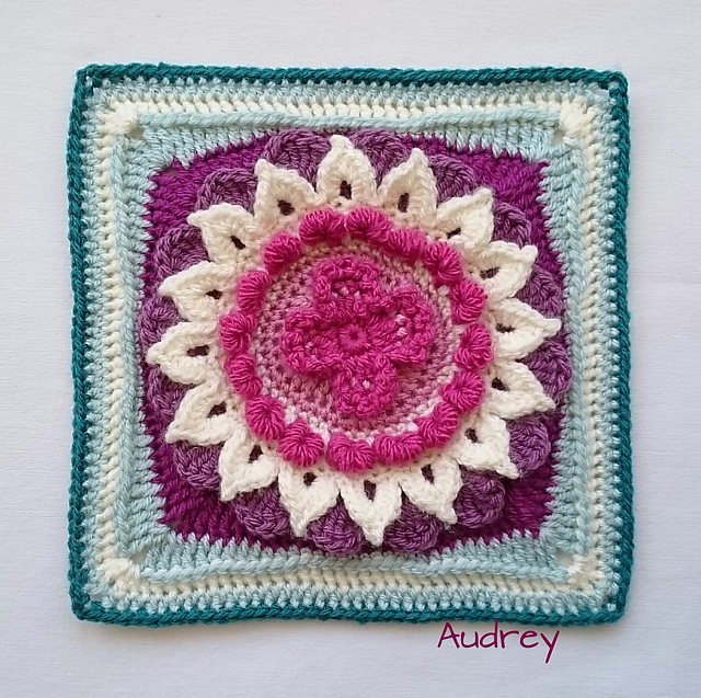 Audrey Afghan Square Free Crochet Pattern | DailyCrochetIdeas
