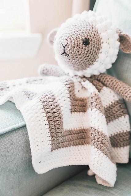 Little Lamb Baby Lovey Blanket Free Crochet Pattern