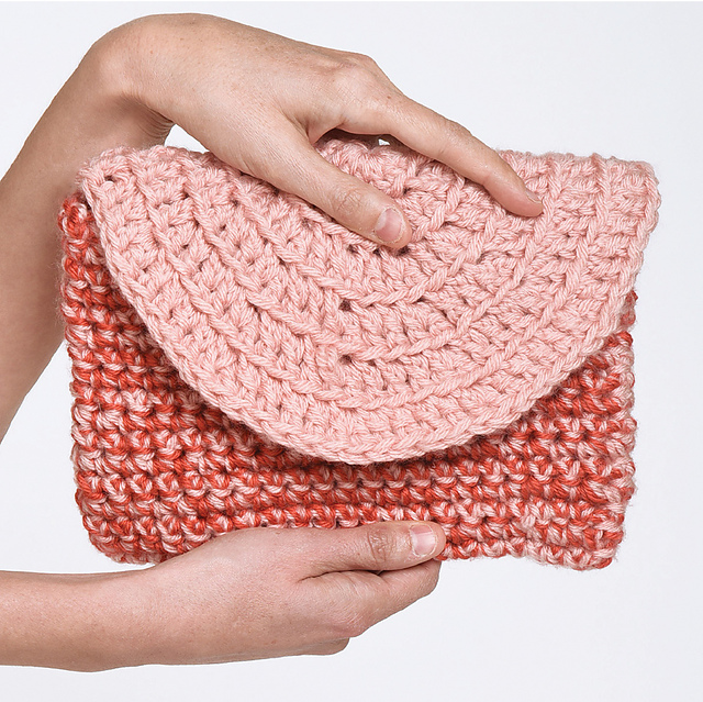Circle Clutch Bag Free Crochet Pattern Dailycrochetideas