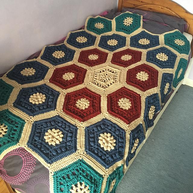 Garden Blanket Free Crochet Pattern   DailyCrochetIdeas