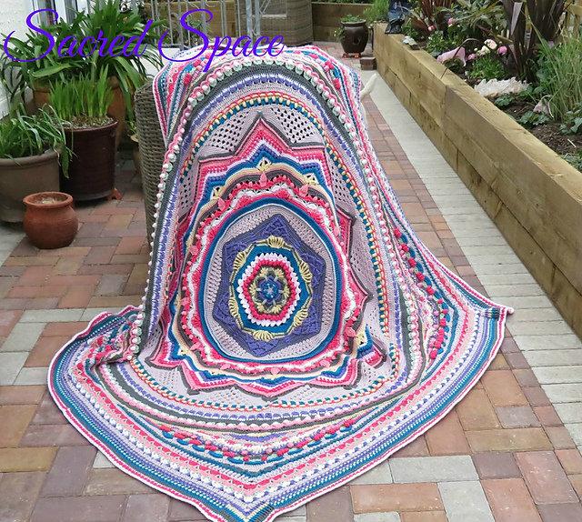 Sacred Space Blanket Free Crochet Pattern Dailycrochetideas