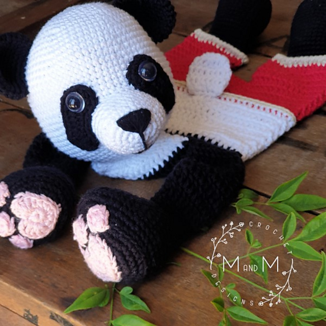Super Cute Panda Crochet Patterns You Will Love | The WHOot | 640x640