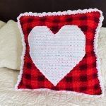 Plaid Heart Pillow Free Crochet Pattern2