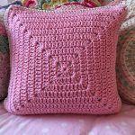 Pink Ombre Pops Pillow Free Crochet Pattern2