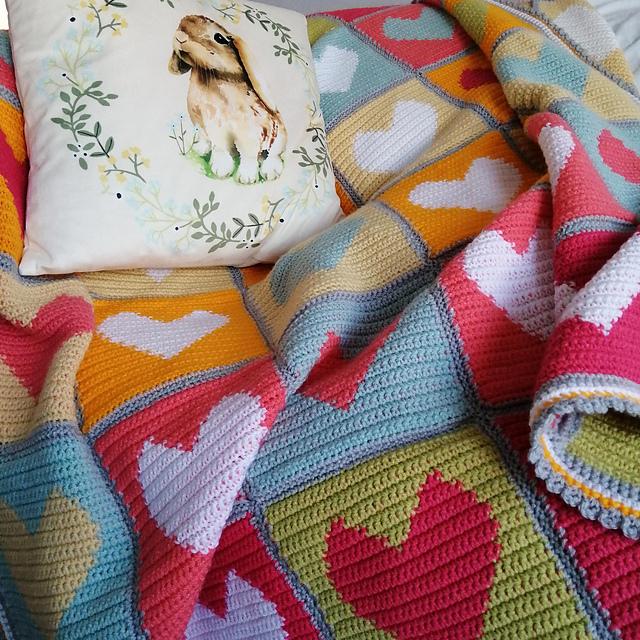 Colourful Heart Blanket Free Crochet Pattern2