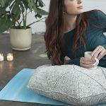 Hourglass Floor Pillow Free Crochet Pattern2