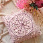 Joy's Starburst Cushion Free Crochet Pattern