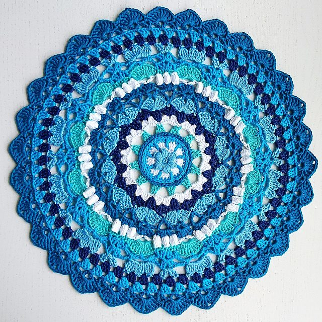 Season Mandala Free Crochet Pattern Dailycrochetideas