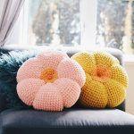 The Retro Throw Pillow Free Crochet Pattern
